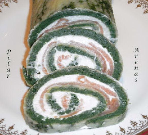 Rollo de espinacas con queso y salmón, con Thermomix® : Pilar Arenas, Ciudad Real
