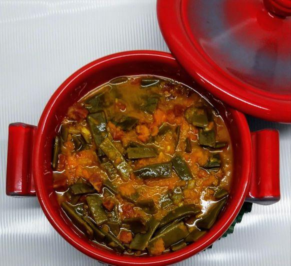 Potaje de zanahorias y judías verdes con jamón con Thermomix® : Pilar Arenas, Ciudad Real