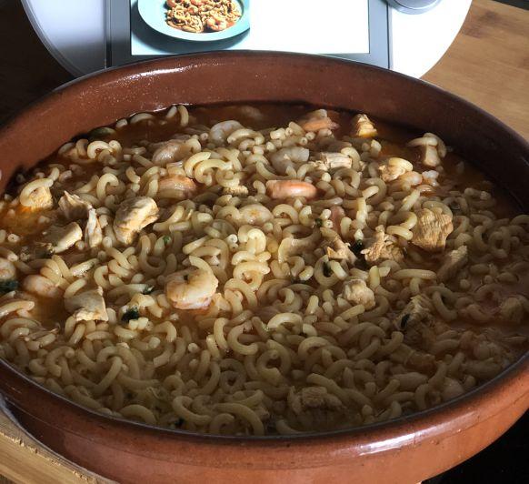 Fidegua con pollo y langostinos desde Ciudad Real Reyes verbo ..